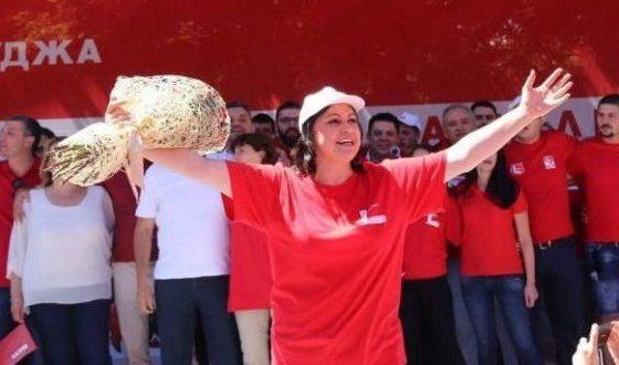 Десетки хиляди социалисти се събират на Бузлуджа с балканска подкрепа и Горан Брегович