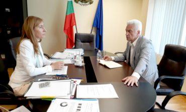 Ангелкова и Сидеров обсъдиха актуални въпроси в сферата на туризма