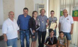 Димитър Павлов и отборът на Белослав взеха 15-а титла в шаха от Игрите на БАСС