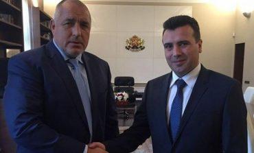Зоран Заев отговори на Корнелия Нинова: Бойко Борисов се бори за Македония като за своя земя во НАТО И ЕС