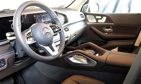 Новият Mercedes-Benz GLE отвътре