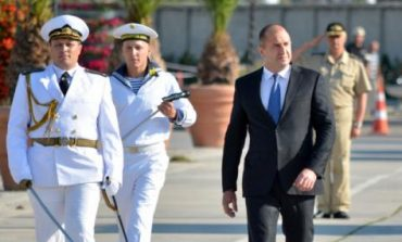 """""""Ала румънски"""" протести ПОД ИНДИГО в България ще има. Президентът звучеше превратаджийски във Варна. Прави услуга на Б.Б."""