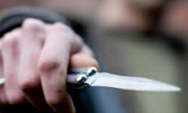 Душевно болен нападна дете с нож в Девня