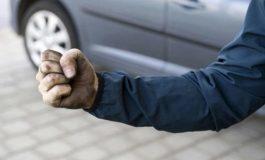 Мъж преби двама младежи в село Житница