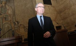 Лозан Панов обиден, поканили го в парламента по телефона