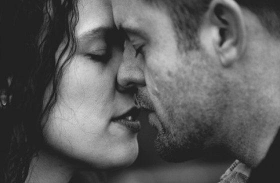 Истинска ли е любовта на партньора ни – разпознаване в шест стъпки!