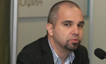 Симеонов: Трябва да сме наивни, за да смятаме, че протестите биха променили много без външна намеса