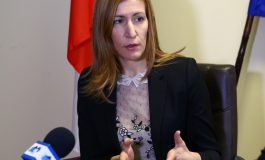 Ангелкова: Националните курорти трябва да имат и обособени парти зони, но и зони за отдих
