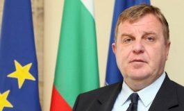 Каракачанов: Държавата се управлява с желание да се свърши работа, а не с инат