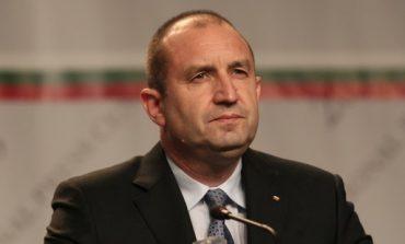 """Румен Радев откри своята Бузлуджа край Казанлък, прави си """"президентска партия"""" от запасното войнство"""