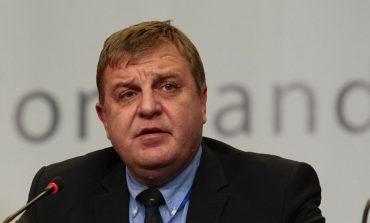 Каракачанов: Лобирам армията да получи най-доброто по проектите за самолет, бронирана машина и кораб