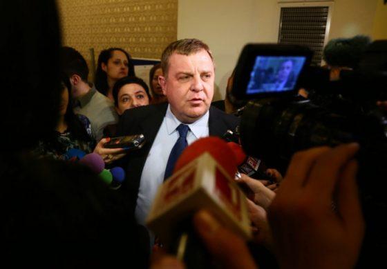 Показно! Каракачанов по темата за Симеонов: Първо казвам на колегите си какво мисля и после…