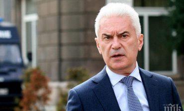 Сидеров: Оставката на Симеонов е спасителен план за правителството