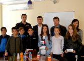 Добрата новина: Наградиха ученици, предотвратили разрастването на пожар във Вълчи дол