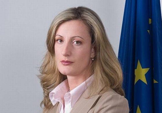 Зинаида Златанова: Да продаваш гражданство е все едно да продаваш България