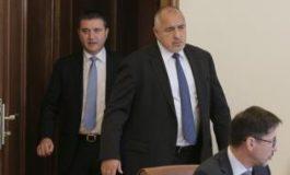 """Борисов свика спешно министрите, """"Гражданската"""" нямало да е 1000 лв."""