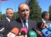 Румен Радев: Оставката сега е абдикация от отговорност