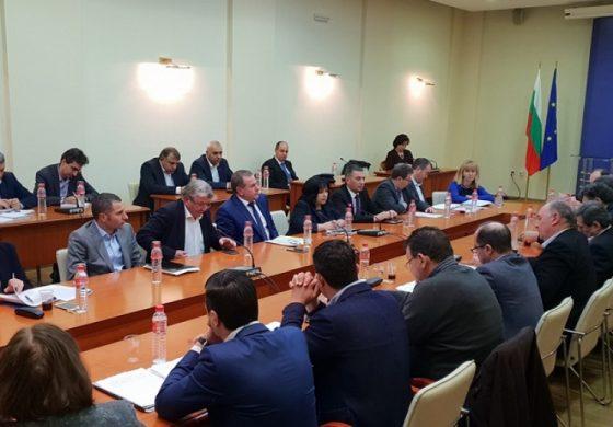 """ТЕЦ """"Марица изток 2"""" ще се спасява с държавни пари"""