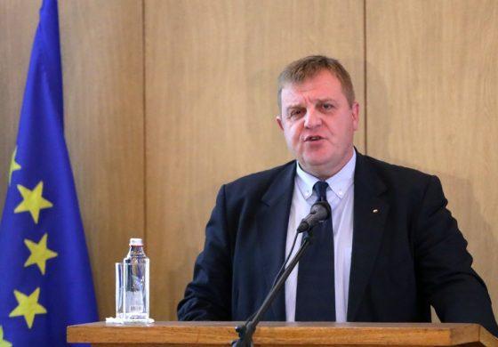Каракачанов допусна, че обединените патриоти може да се разделят