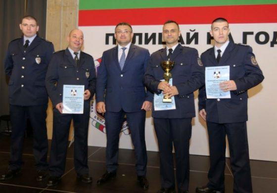 """Полицай от Аксаково близо до приза """"Полицай на годината"""""""