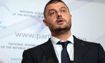 Бареков предложи на Елена Йончева: Върни техниката за 700 000 лева или възстанови сумата!