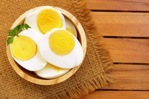 Закусете с яйчице, добавете още едно през деня