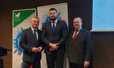 Бареков прие в АКРЕ две български и една македонска партия!