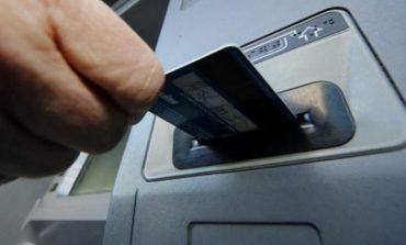 Присъда за жена от Девня изтеглила пари от чужда банкова карта