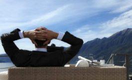 Шефовете с 64% по-високи доходи от бачкаторите