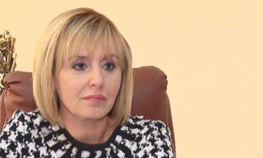 Мая Манолова: Очевидно страхът от мен е голям, черната кампания започна (ВИДЕО)