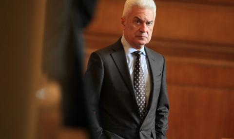 Сидеров: Има ли смисъл участието ни в НАТО
