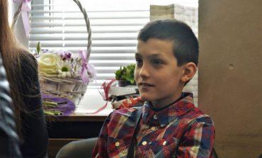 Митрополит Йоан помогна на болно дете от Аксаково (СНИМКИ/ВИДЕО)