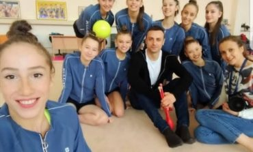 Бербатов в подкрепа на златните момичета