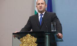 Радев:Заплахата за демокрацията идва от политици и институции, които се разминават със закон и морал