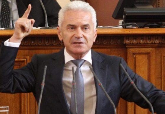 Волен Сидеров поиска оставката на кметицата на Габрово
