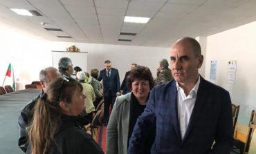 Цветанов в Долни чифлик: БСП целят ниска избирателна активност на европейския вот и ерозия на доверието в институциите