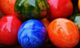 Мая Манолова боядисва 1 000 яйца с деца на Велики четвъртък