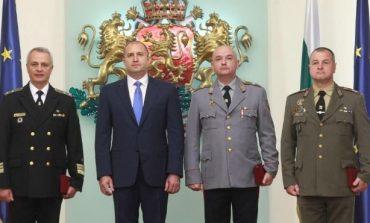 Президентът към висшите офицери: Служете на България отговорно, с чест и достойнство