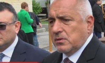 Борисов: Няма да се отнемат деца и да се дават на двойки от третия род