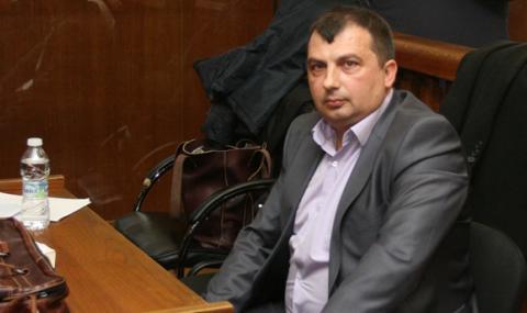 Съд запорира сметки и имоти на кмета на Септември и на съпругата му
