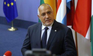 17 часа. Борисов вдига ГЕРБ за победа с 10% разлика и два мандата повече. Това ще е катастрофа за БСП и Нинова
