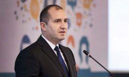 """Радев към Борисов: Колко километра от АМ """"Хемус"""" се построиха за 10 години?"""
