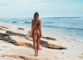Глоби за монокини на плажа в Гърция