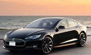 """Подобрените """"зверове"""" на Tesla - три мотора и до 640 км пробег с едно зареждане"""