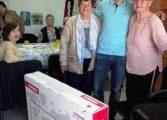 Подариха телевизори на пенсионерски клубове