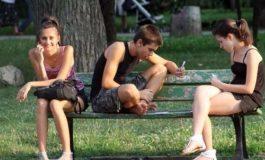 България е трета в ЕС по процент на младите хора, които не работят и не учат