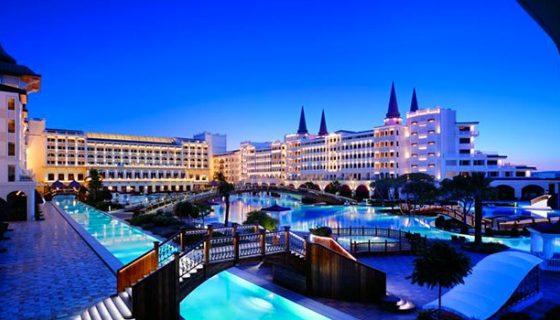 Туристите предпочитат лукс, спят в 4- и 5-звездни хотели