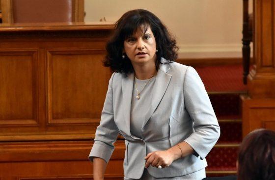 Дариткова: БСП са в истерия, като истински матросовци бранят партийната субсидия от 11 лв