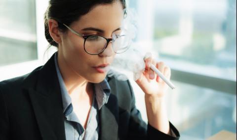 Цигарите вредят и на очите