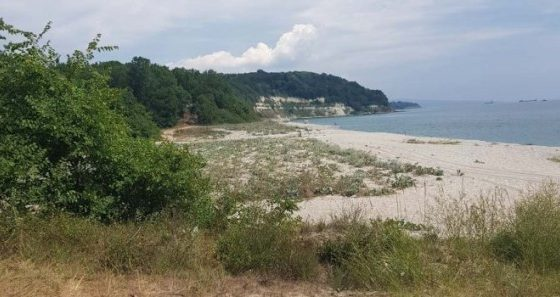 "Провериха спешно плажа на ""Паша дере"" заради паркираните джипове"